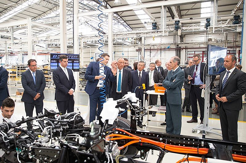 Daimler starts production of FUSO eCanter in Europe