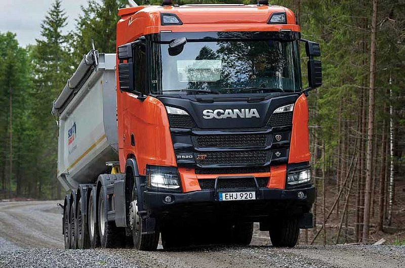 scania heavy tractor