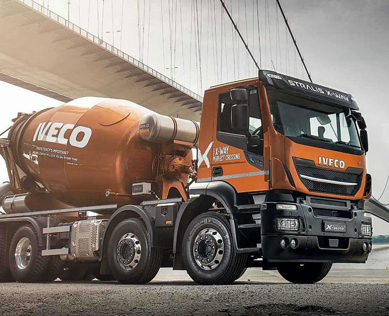 Champagne Super Loader - IVECO Stralis X‑Way